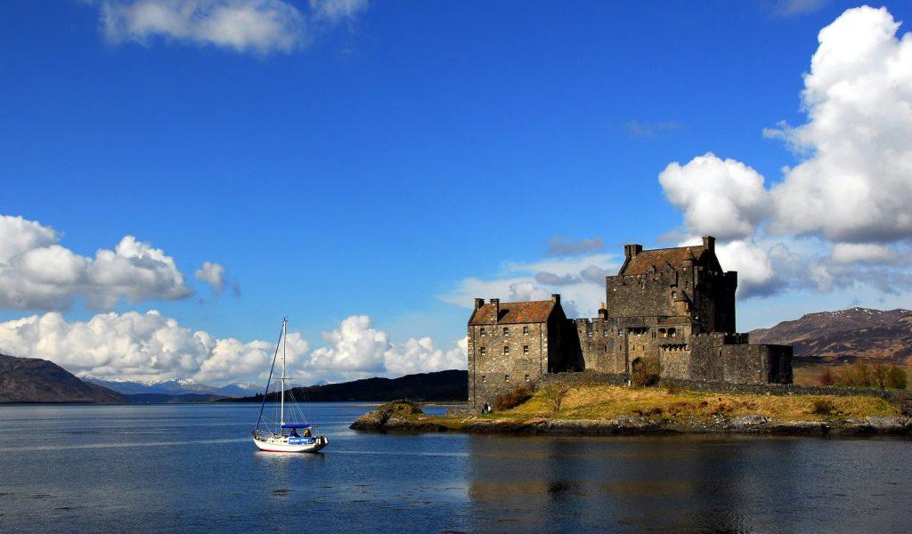 eilean-donan-castle-terras-altas-escocia