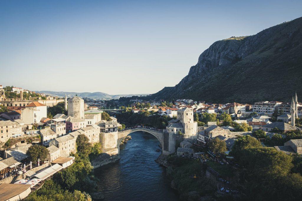 Ponte Velha da cidade de Mostar, na Bósnia e Herzegovina.