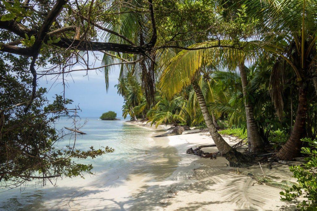 Foto de praia do Panamá.
