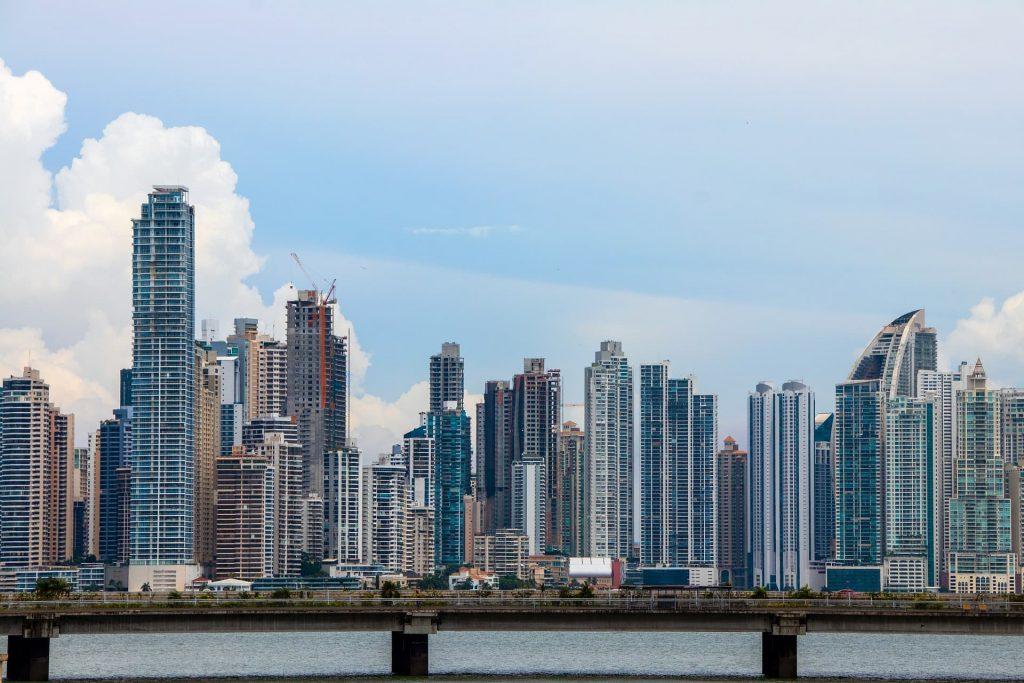Horizonte de concreto - O centro financeiro da Cidade do Panamá