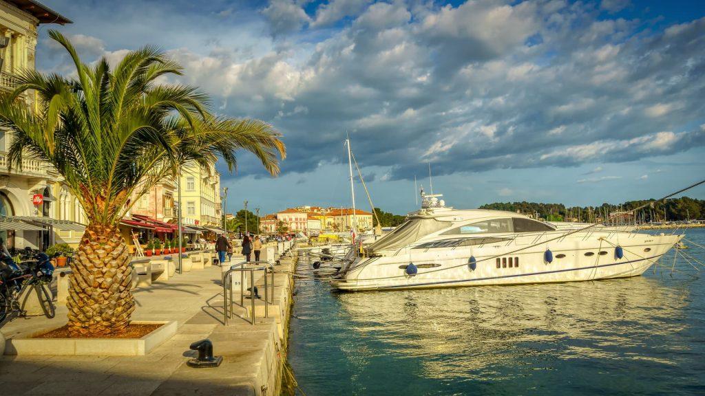 Cidade de Porec, na Croácia