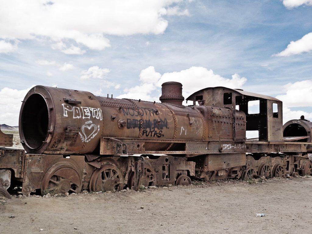 Salar Uyuni na Bolívia, cemitério de trens.