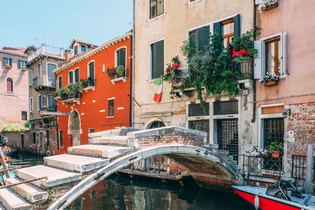 Veneza é formada ilhas, pontes e canais