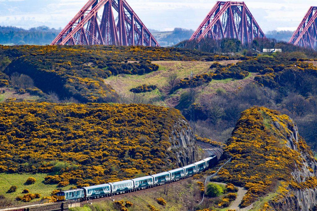 Trem de Londres para Edimburgo