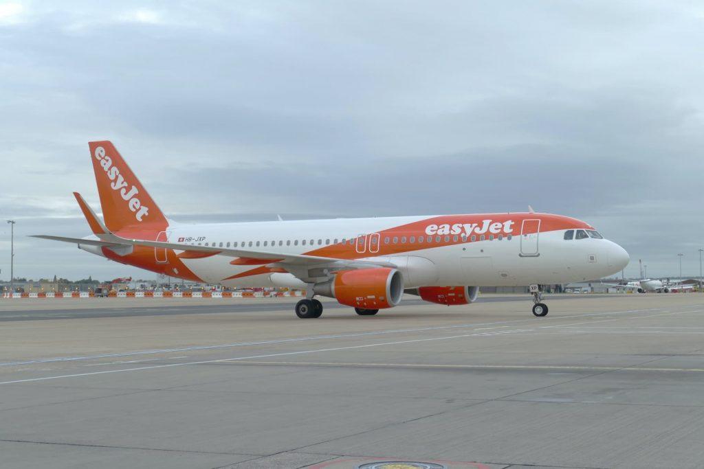 Avião de Londres para Edimburgo