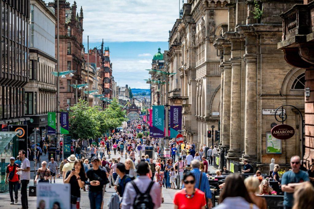 Pelas ruas de Glasgow, na Escócia