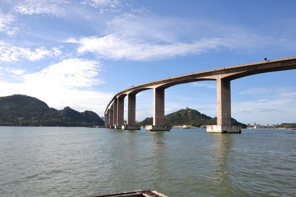 Ponte que liga cidade de Vila Velha a Vitória
