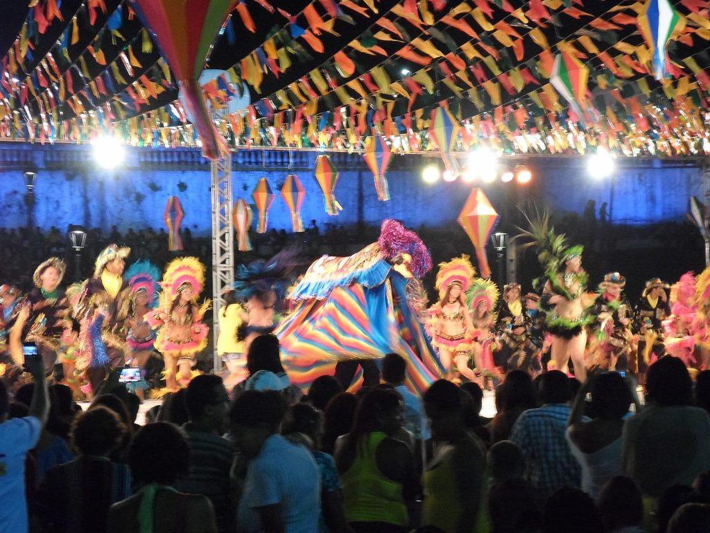 Festa Bumba-meu-boi, tradição no nordestes há mais de 200 anos.