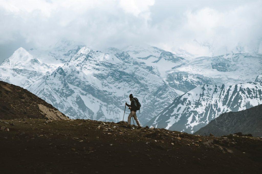 uma das experiências inesquecíveis de caminha no Himalaia no Nepal