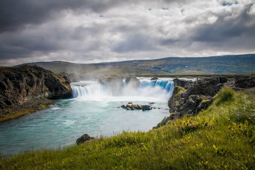 Cachoeira Goðafoss na Islândia