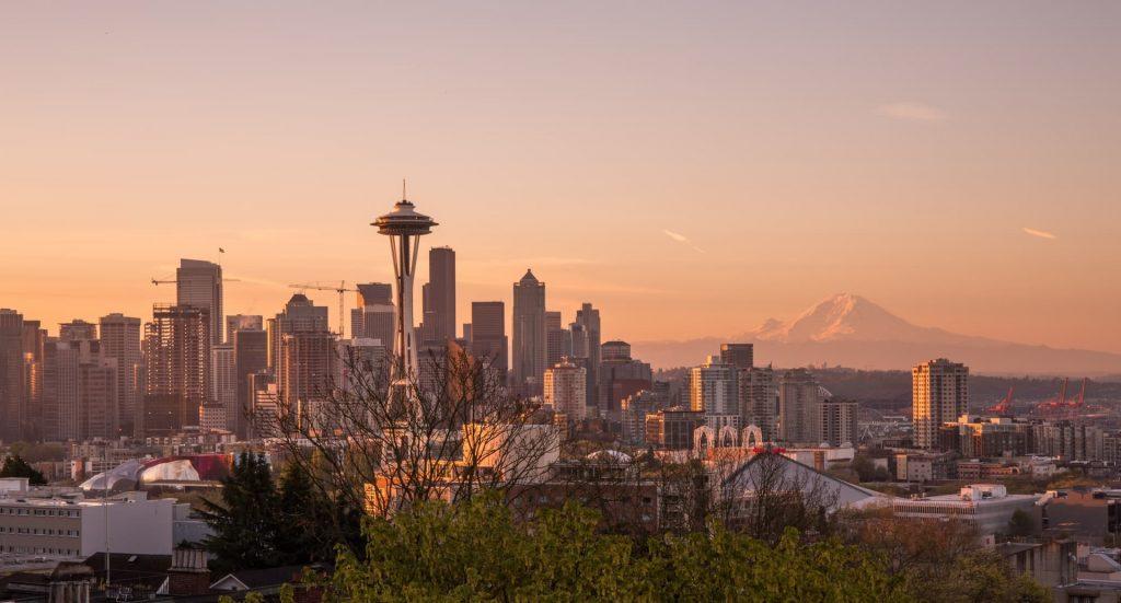 Seattle na costa oeste dos estados unidos, próximo do canadá